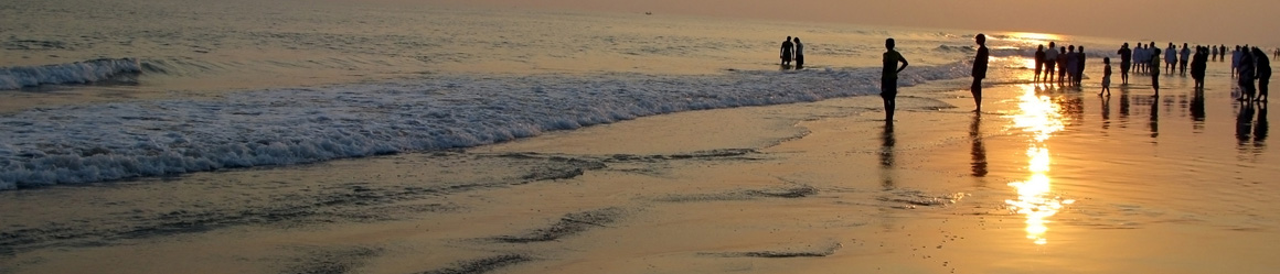 You can enjoy of beach life in cities like Puri, very near Bhubaneswar